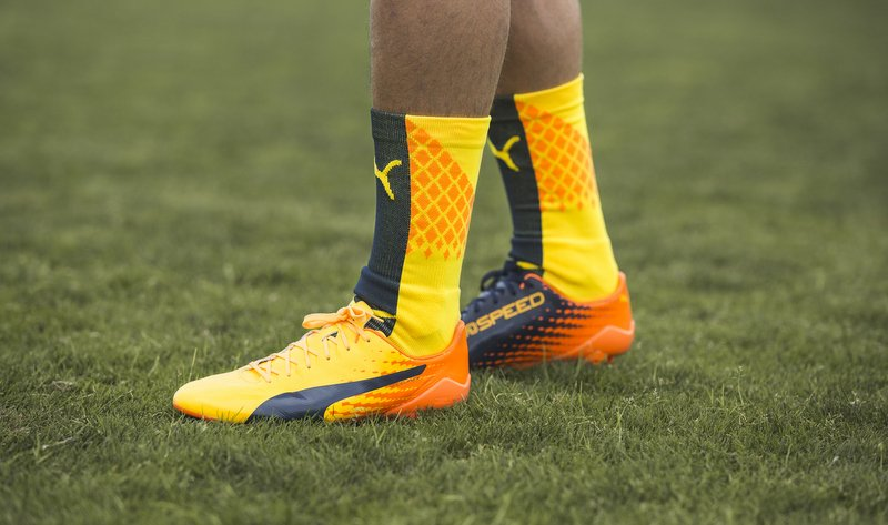 755456b12 Check out the updated PUMA evoSPEED and evoPOWER boots with new Ultra  Yellow and Orange colour designs on foot of SPEED player, Antoine Griezmann,  ...
