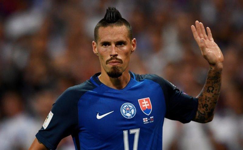 114 goal star midfielder hints at manchester united offer for Marek hamsik squadre attuali