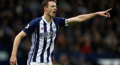 Manchester United battling rivals Manchester City to re-sign defender Jonny Evans