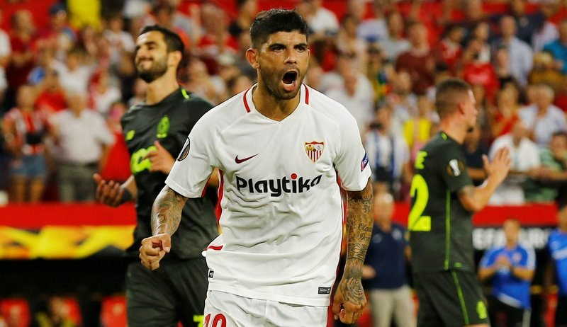Arsenal to go back in for Sevilla midfielder Ever Banega