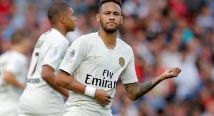 Manchester United line up club-record Neymar swoop