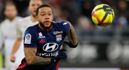Manchester United weigh up Memphis Depay buy-back clause
