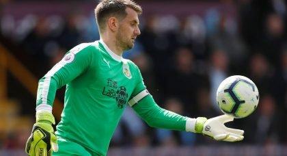 Aston Villa attempting to sign goalkeeper Tom Heaton from Burnley